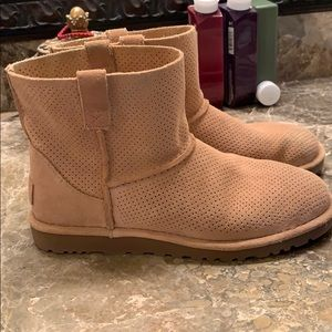 UGG Shoes - Worn twice!   UGG unlined bootie size 8